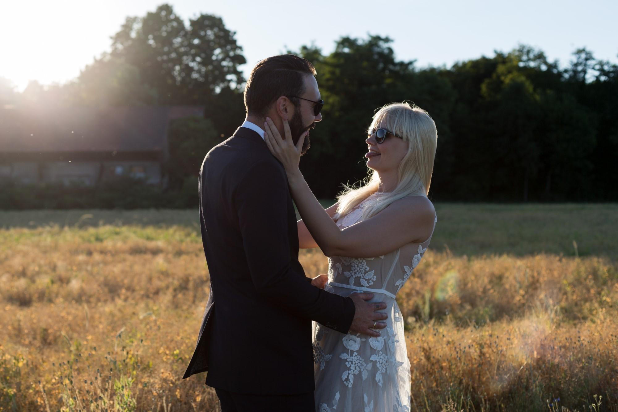 Verliebtes Paar beim Fotoshooting