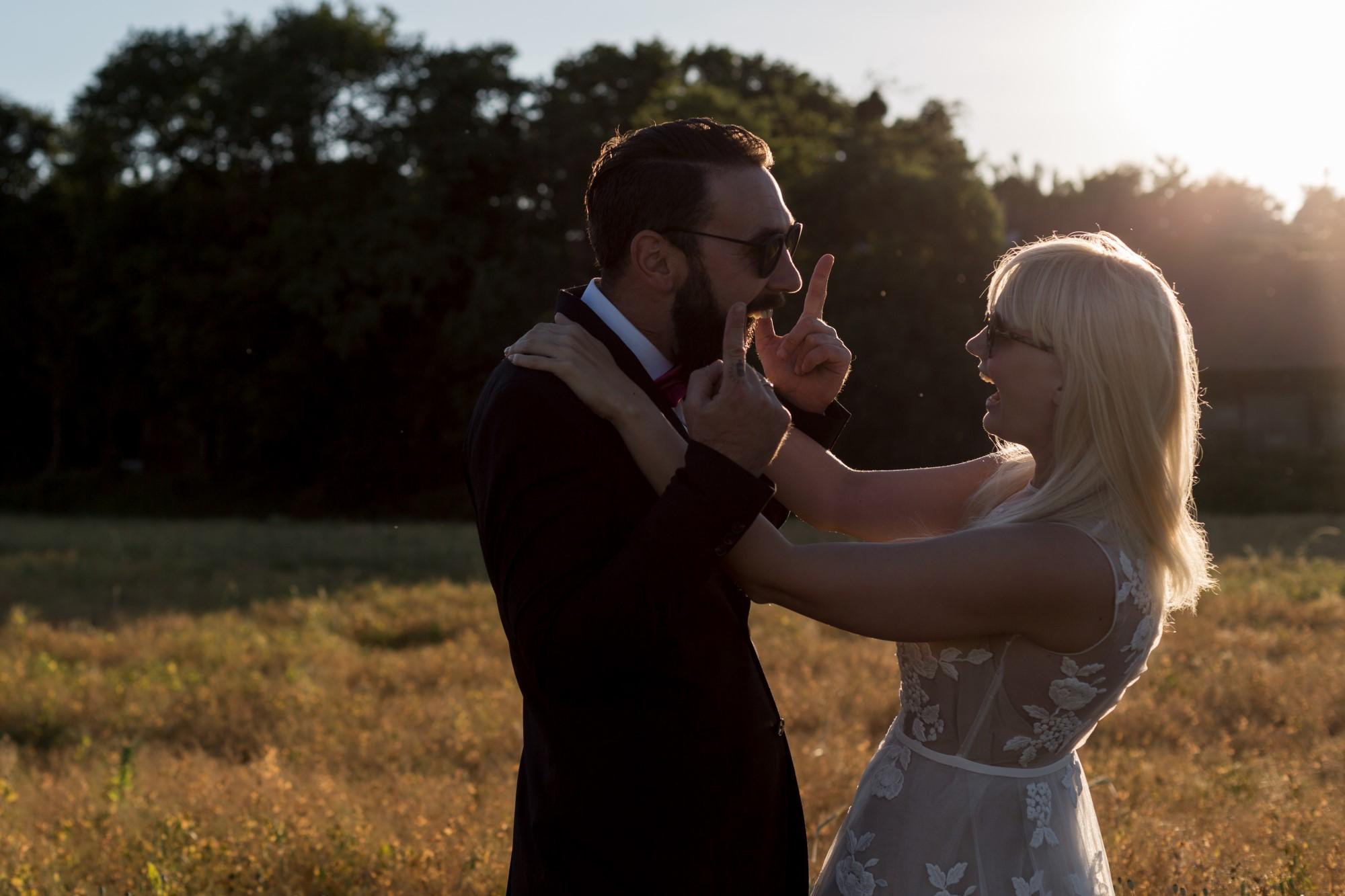 Liebe, Emotionen und Spass beim Paar Fotoshooting