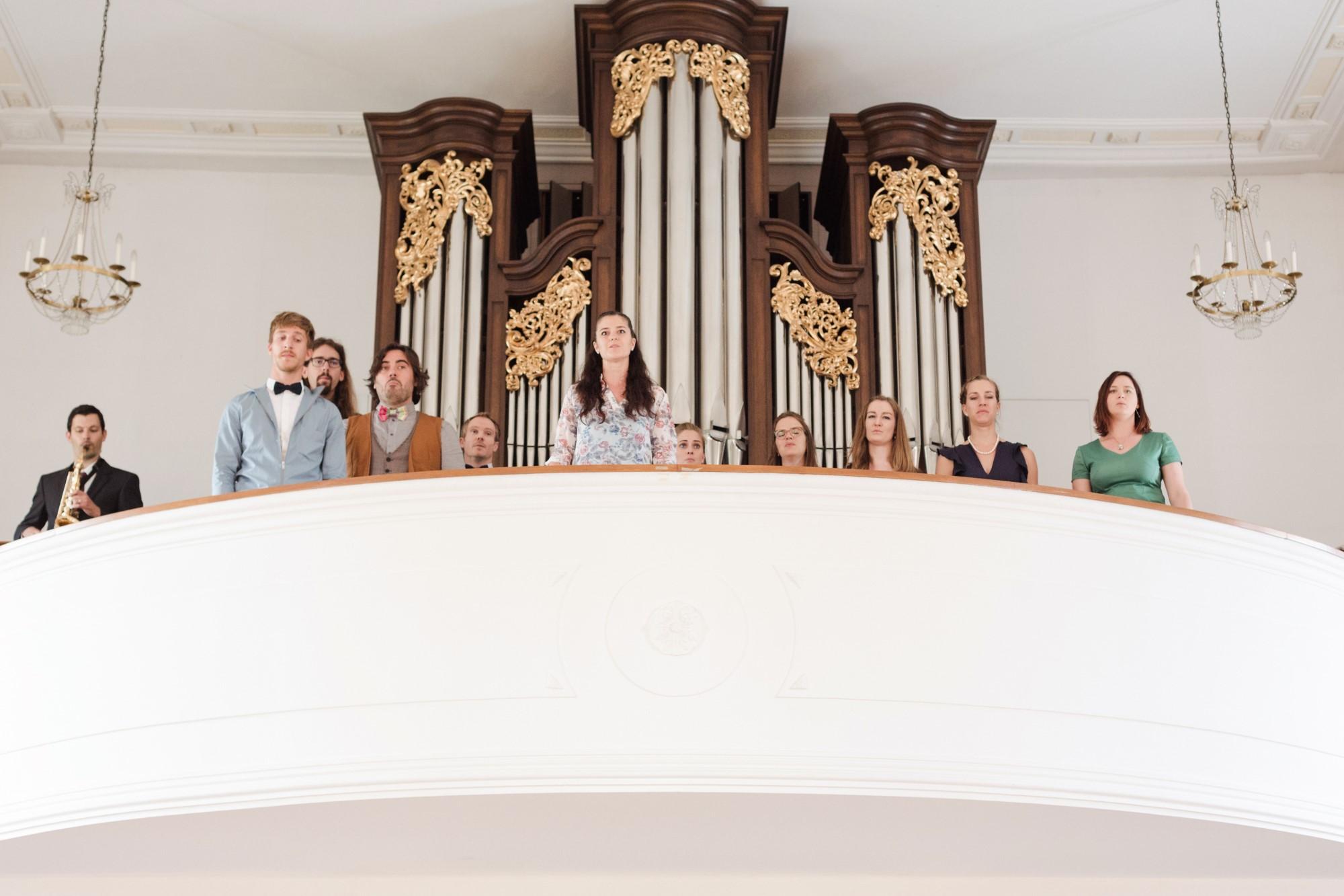 Chor bei der kirchlichen Trauung in Seewen