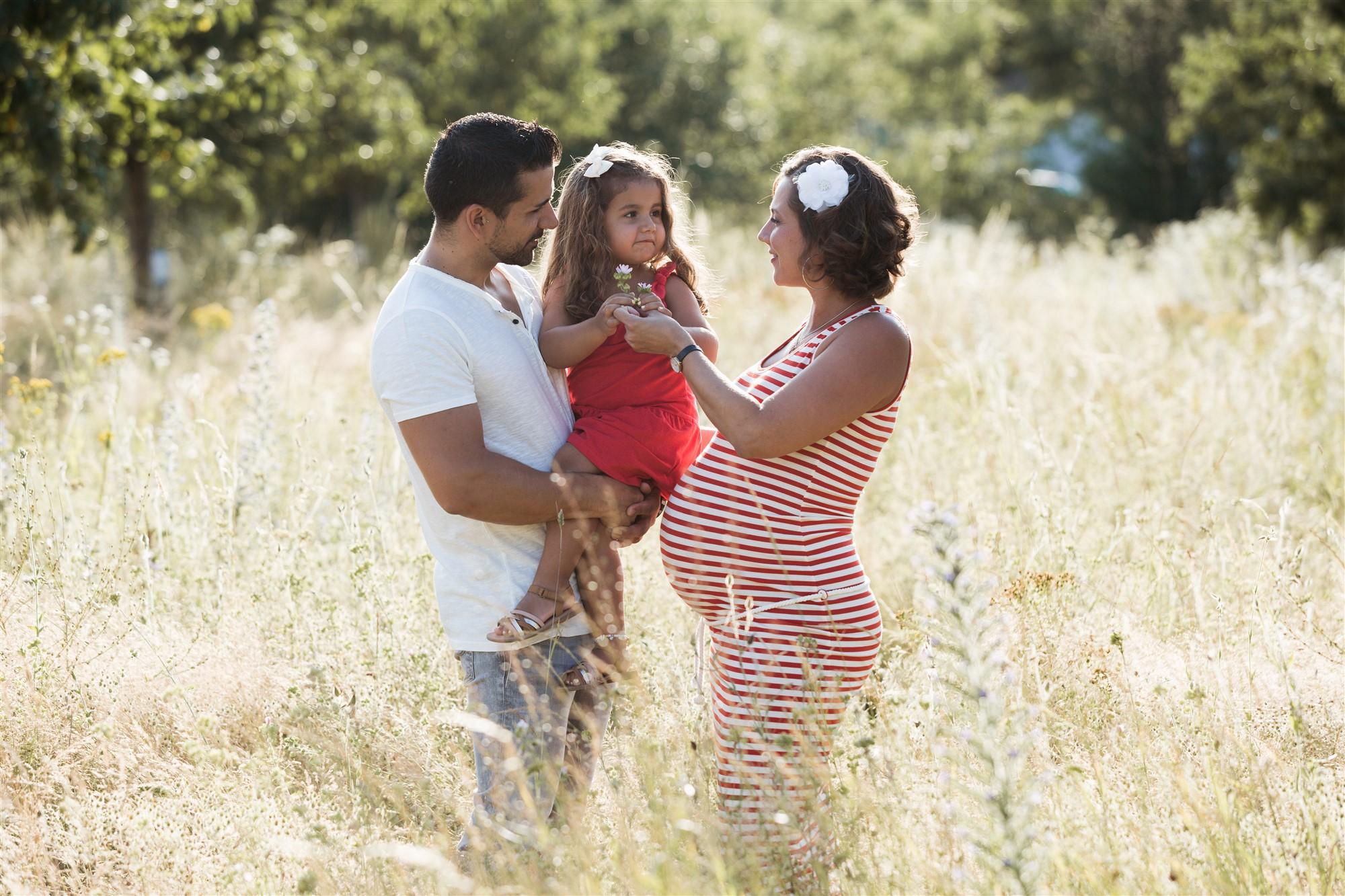 Babybauch und Familien Fotoshooting in Basel