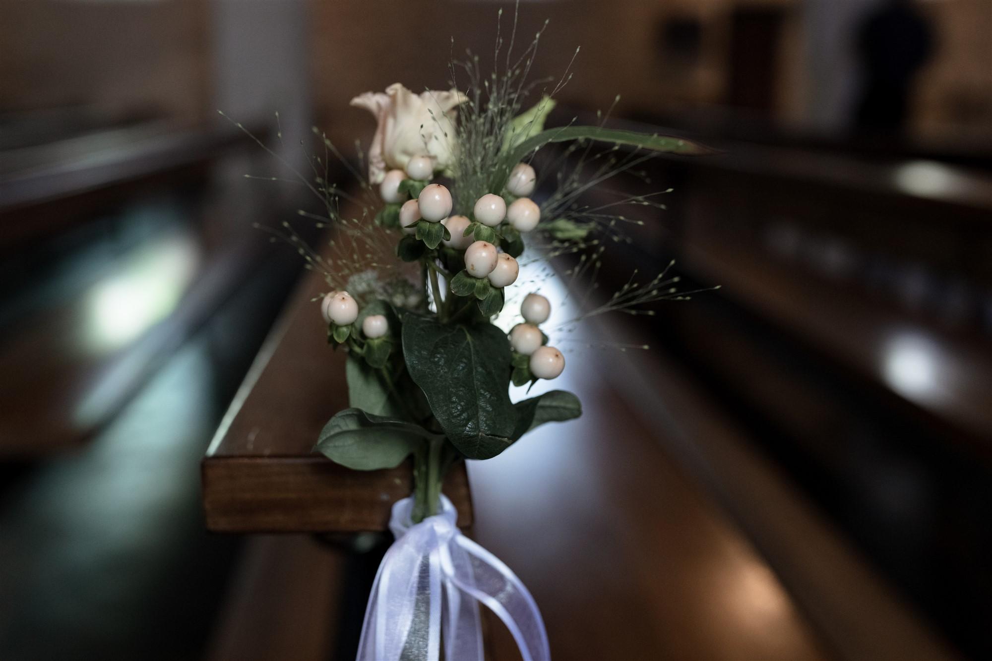 Blumendekoration in der Kirche in Oberwil