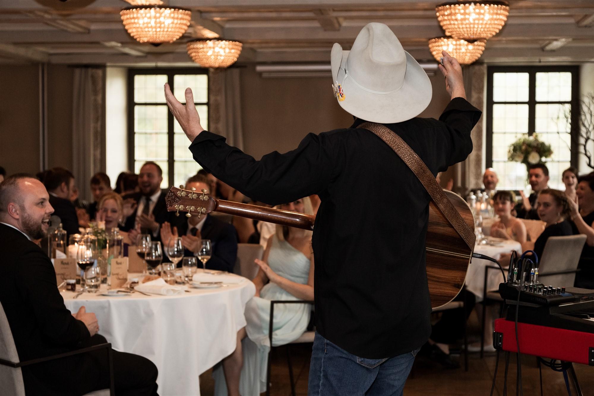 Das Hochzeitsfest im Bad Bubendorf mit einer Live Band