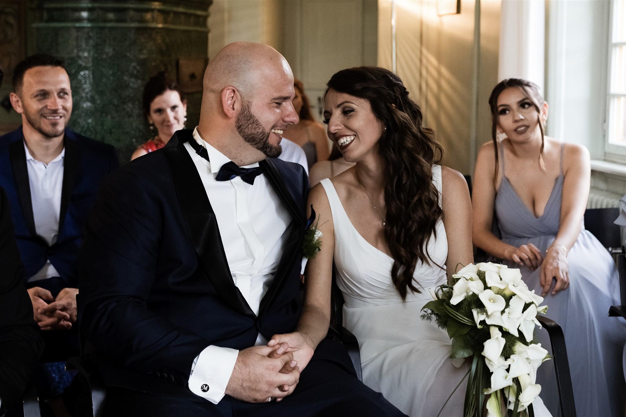Hochzeit Schloss Wildenstein - Das glückliche Brautpaar bei der Trauung