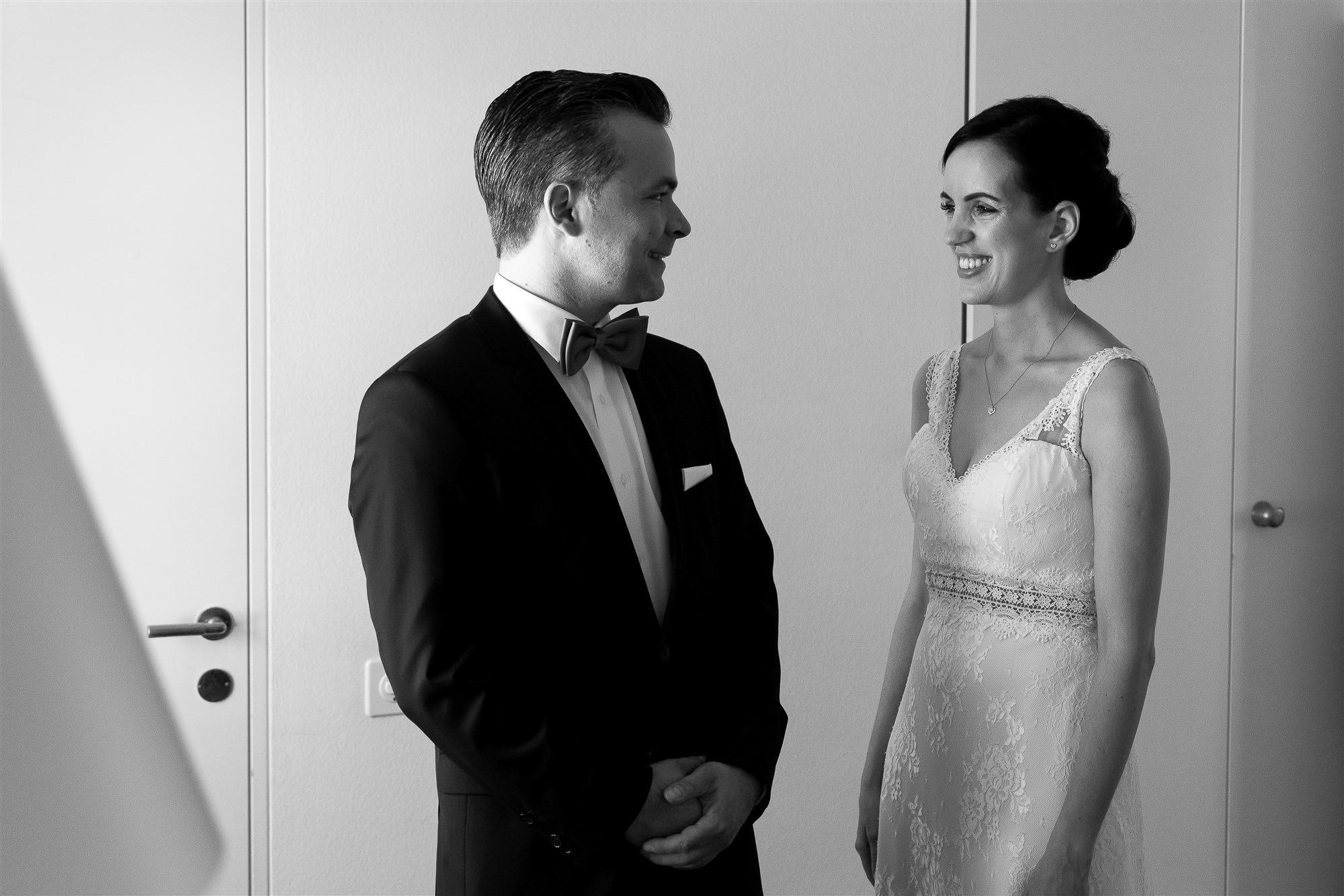 First Look - Hochzeit Teufelhof Basel - Hochzeitsfotograf Nicole.Gallery
