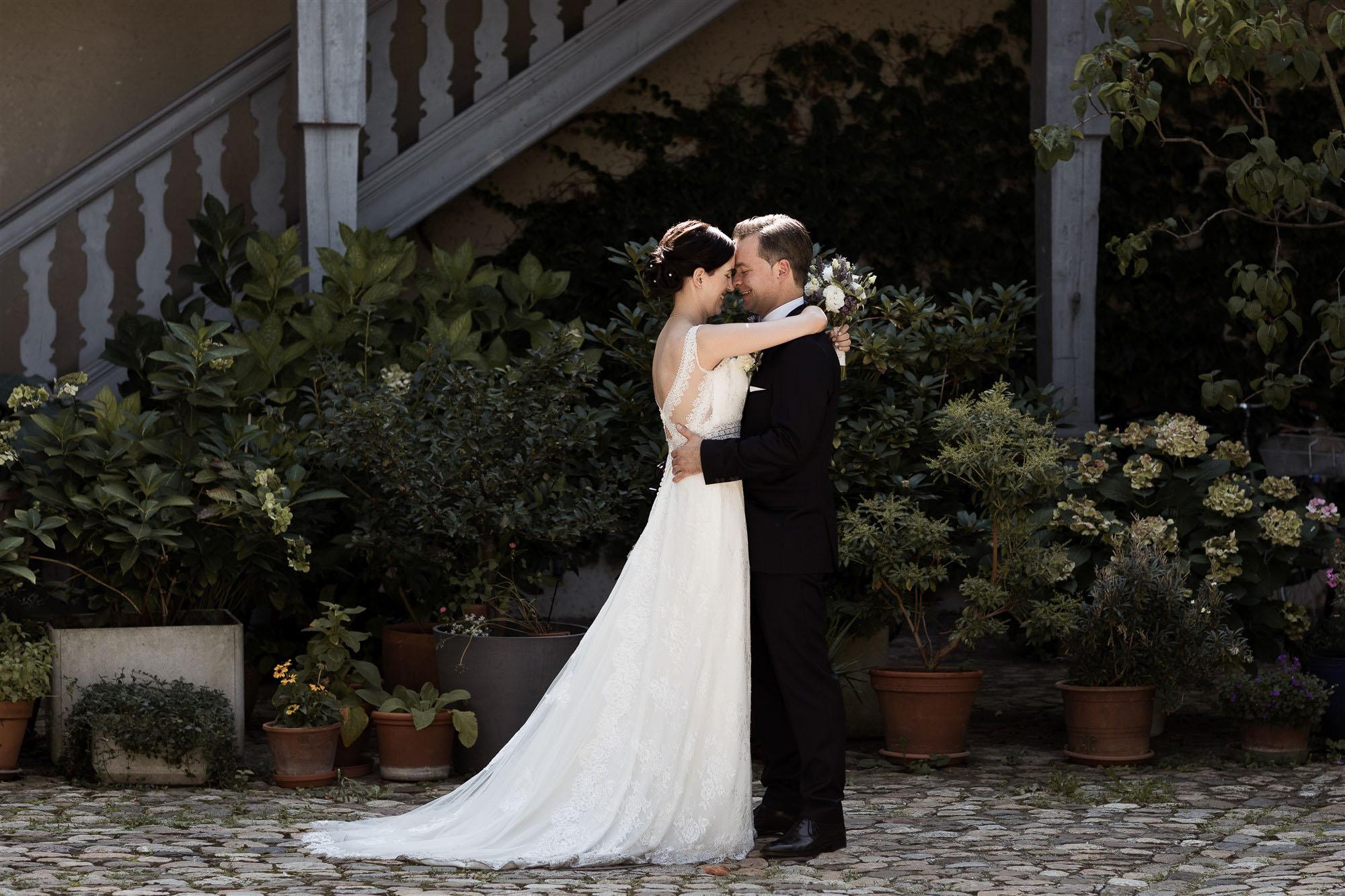 Hochzeit in Basel - Brautpaar Fotoshooting - Hochzeitsfotograf Nicole.Gallery