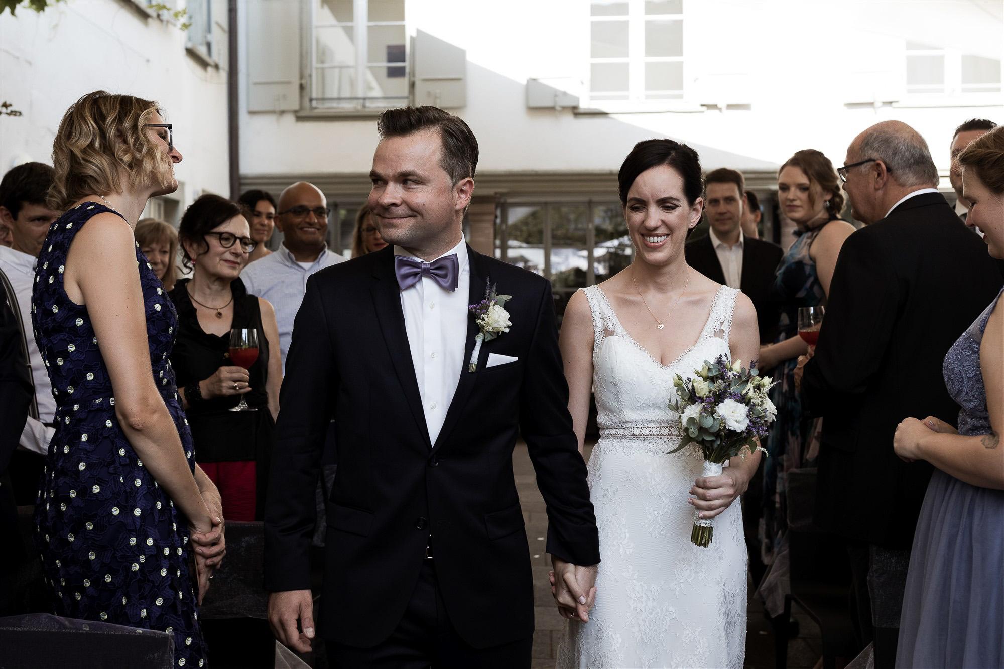 Hochzeit im Teufelhof - Der Einzug des Brautpaares - Hochzeitsfotograf Basel
