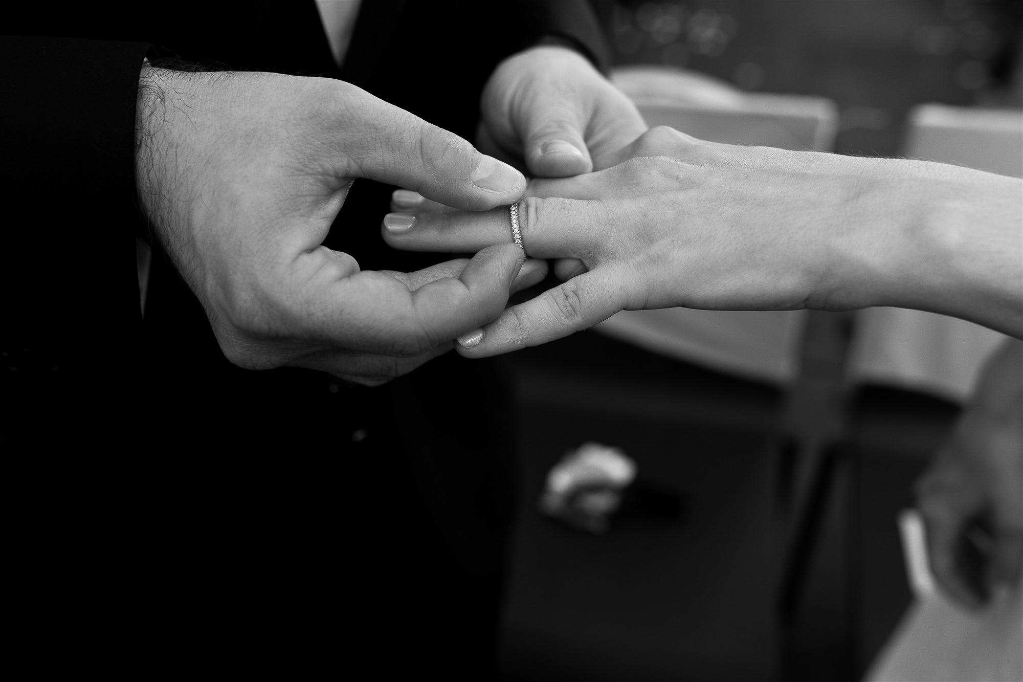 Freie Trauung im Teufelhof Basel - Hochzeitsfotografin