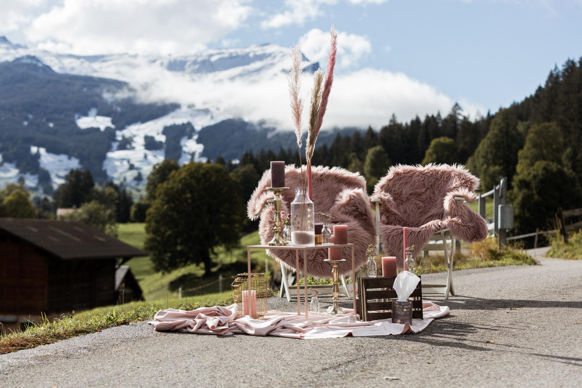 Hochzeit Grindelwald - Destination Wedding - Intimate Wedding - Hochzeitsdekoration Freie Trauung - Hochzeitsfotograf Nicole.Gallery Basel