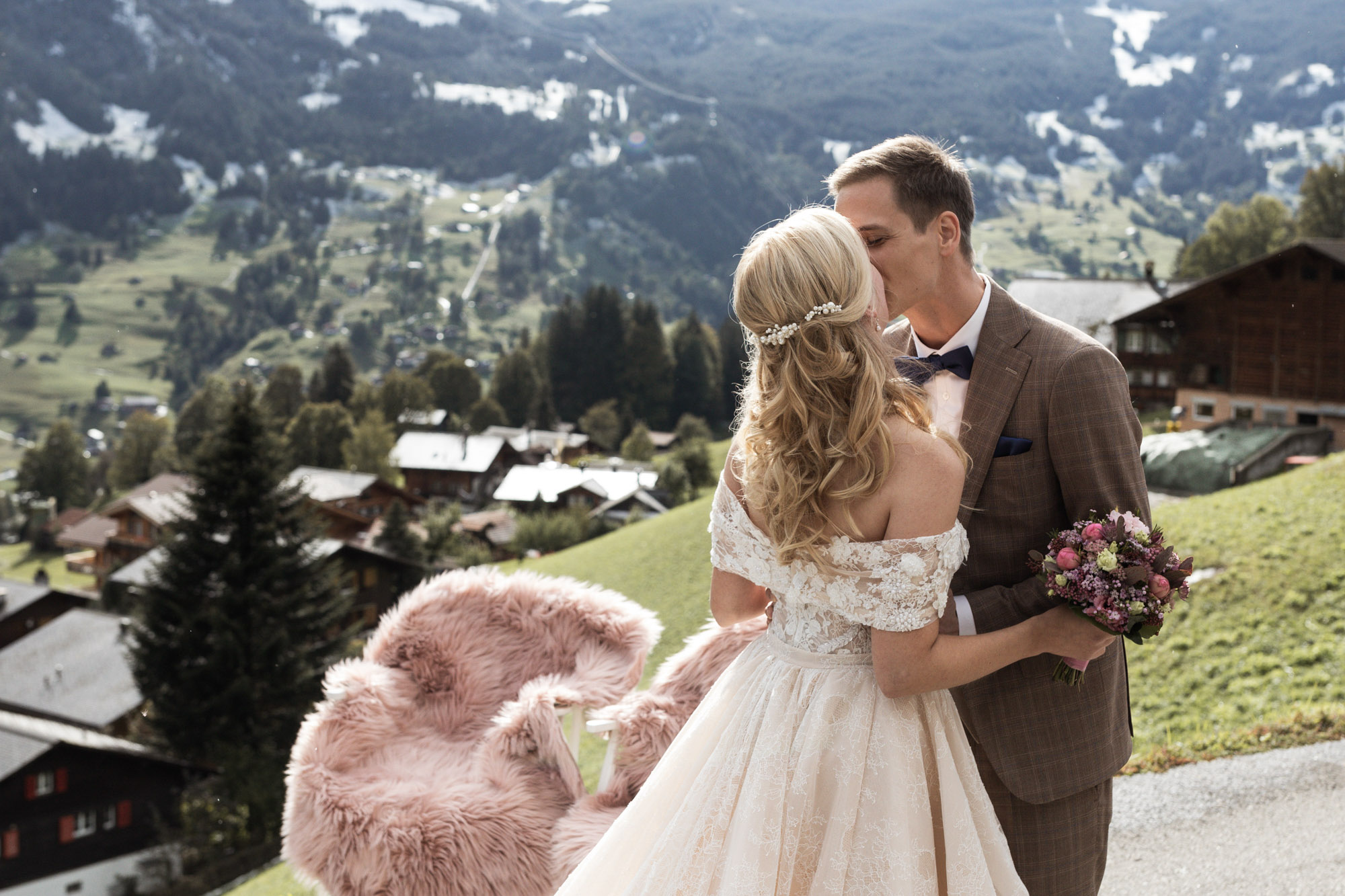 Hochzeit Grindelwald - Destination Wedding - Intimate Wedding - First Look - Hochzeitsfotograf Nicole.Gallery Basel
