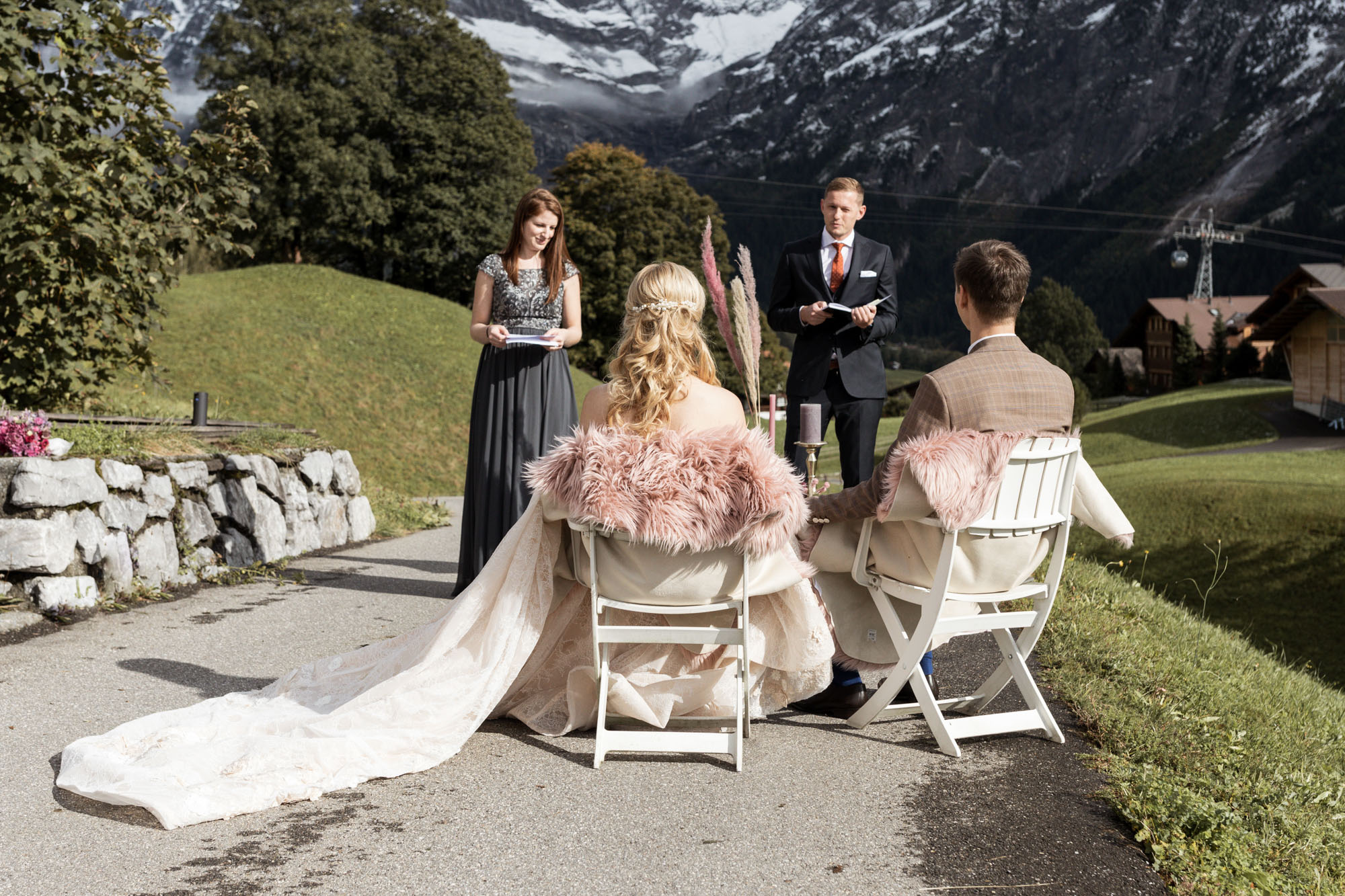 Freie Trauung in Grindelwald - Hochzeitsfotograf Nicole.Gallery Basel