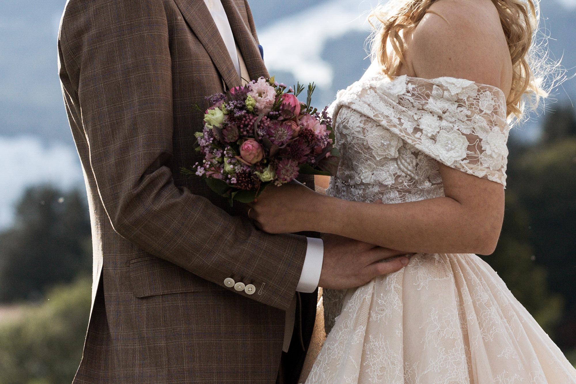 Detail Fotografie vom Brautstrauss - Hochzeitsfotograf Schweiz