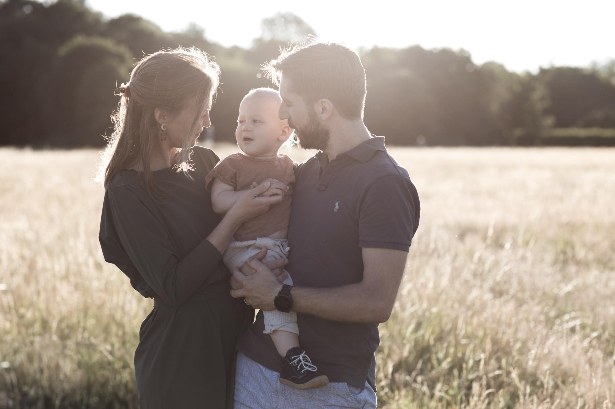 Familienfotoshooting in der Natur - Fotograf Basel