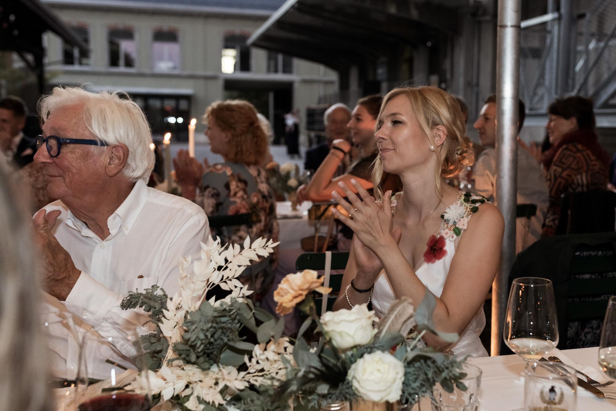 Hochzeit im Turbinenhaus in Basel - Die Braut