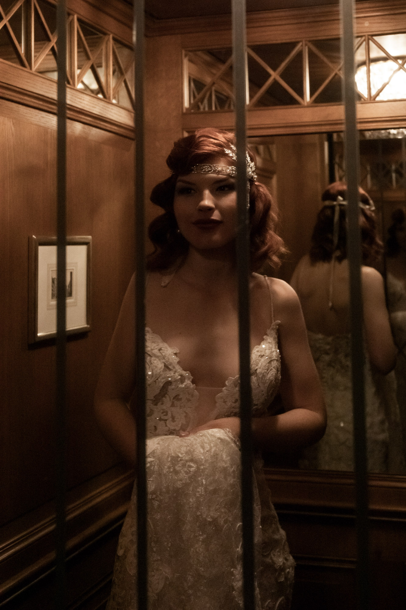 Hochzeit im Grand Hotel Les Trois Rois Basel - Die Braut fährt mit dem Lift