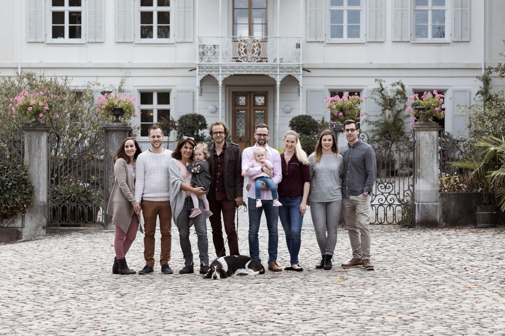 Grossfamilien Fotoshooting in Basel - Generationen Fotoshooting