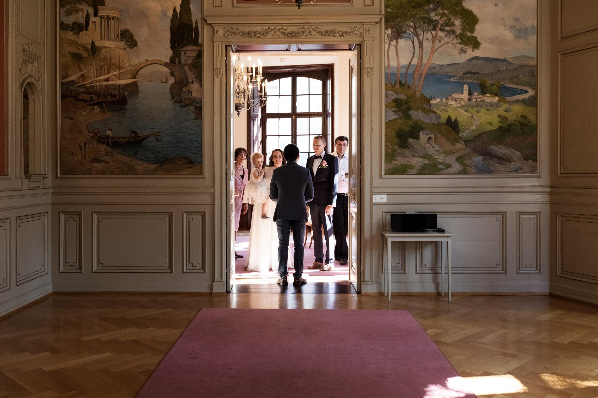 Warteraum beim Zivilstandsamt Basel - Hochzeitsfotografen Basel