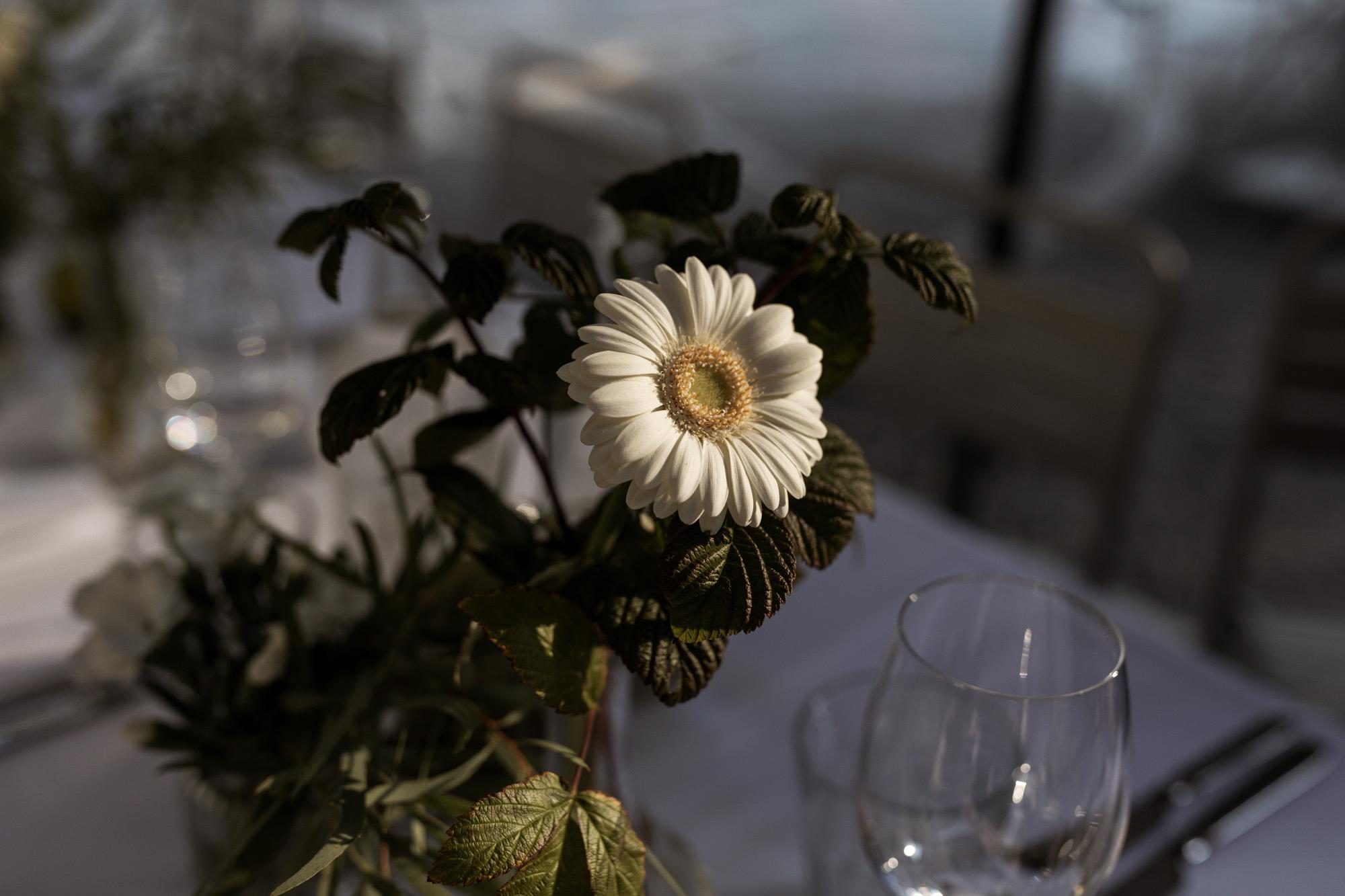 Bistro Reihalle - Hochzeitsdekoration - Wenkenpark Hochzeitslocation - Hochzeitsfotografen Basel