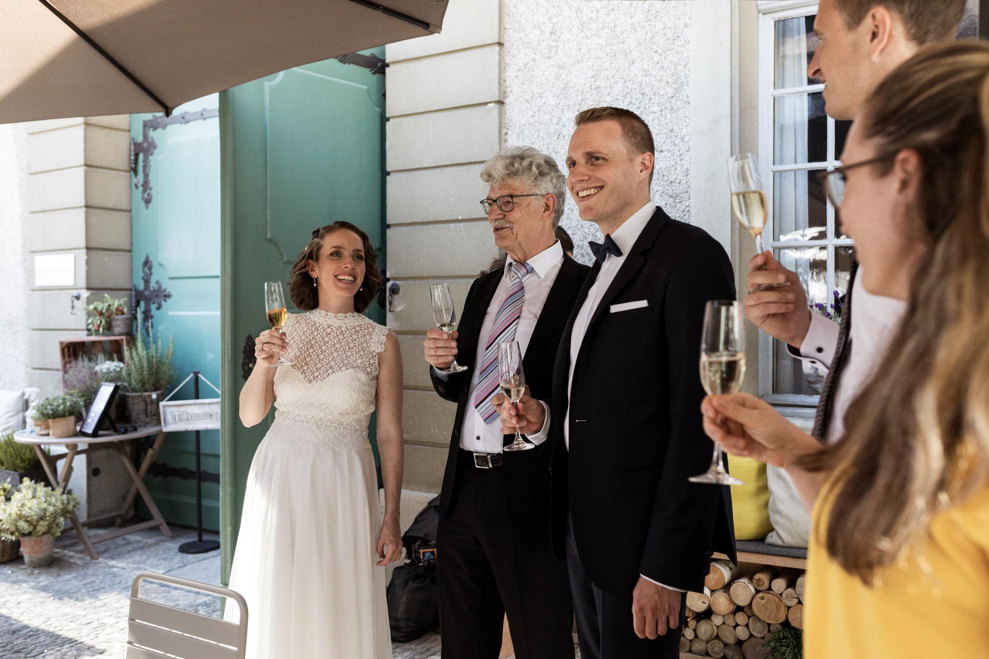 Hochzeitsapero - Wenkenpark Hochzeitslocation - Hochzeitsfotografen Basel