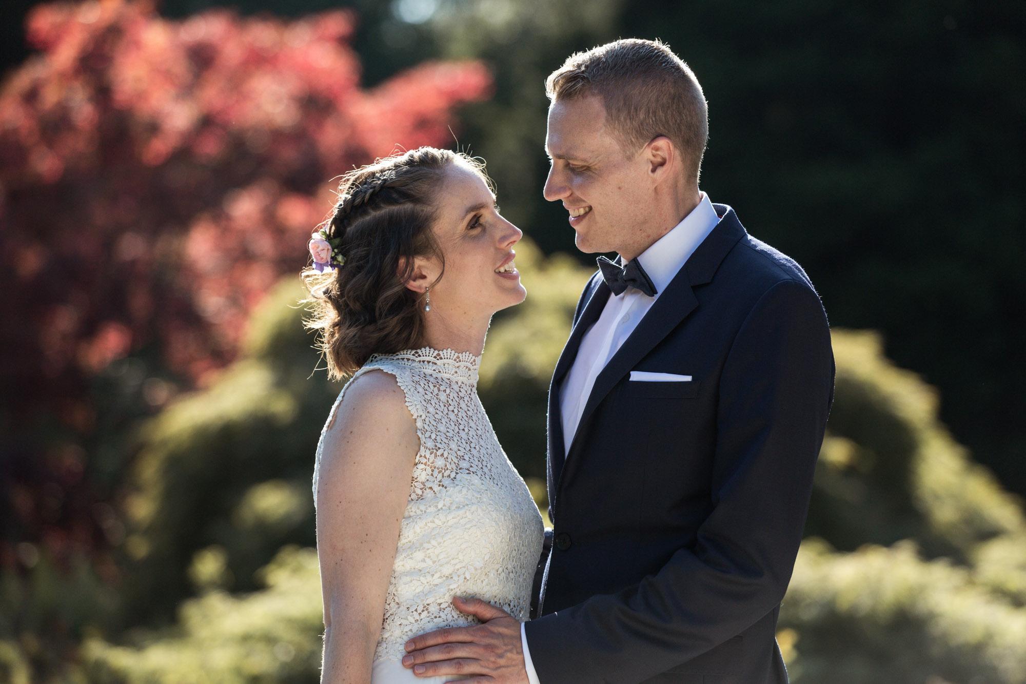 Brautpaar Fotoshooting im Wenkenpark - Hochzeitsfotograf Basel